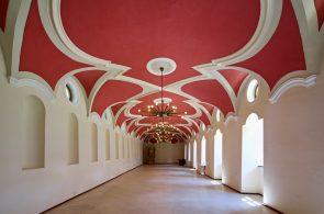 Barokní konírny - zámek Žďár