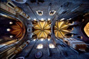 Třebíč-pohled-na-klenbu-baziliky-sv-prokopa